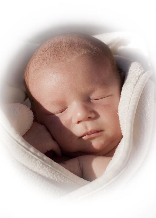 晚上开灯对婴儿有什么影响孩子晚上怕黑要开灯睡觉怎么办