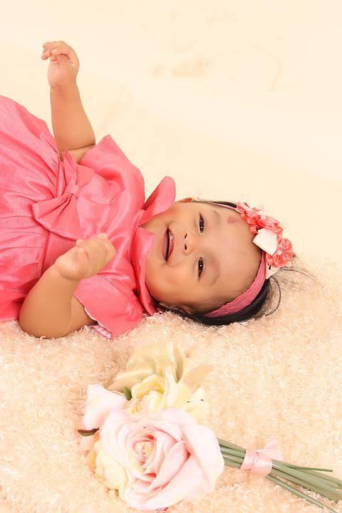 两个月宝宝四肢不停动的因素两个月宝宝四肢不停动应该怎么办好呢