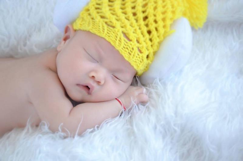 宝宝睡觉后背出汗多是什么原因宝宝睡觉后背为什么会出汗多