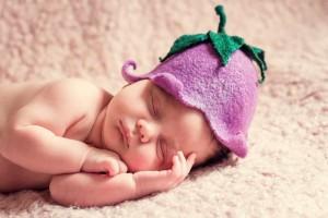 婴儿趴着睡好不好呢婴儿喜欢趴着睡的原因是什么呢
